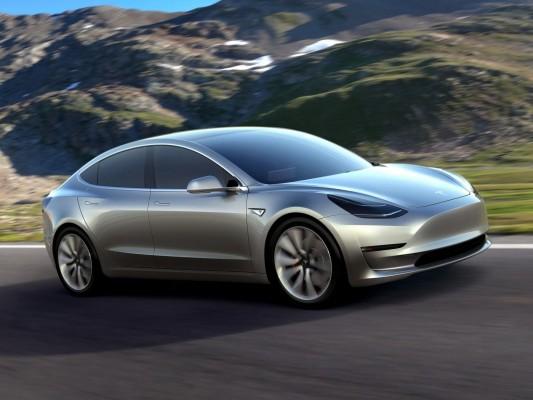 特斯拉Model 3产能跟不上,导致公司亏损持续扩大