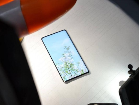 全面屏手机的100%屏点比渲染图,这样的惊艳是期待