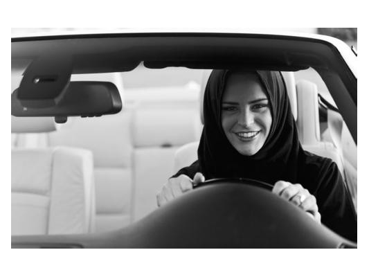 沙特阿拉伯解禁女性驾驶权,奥迪发布创意视频祝贺