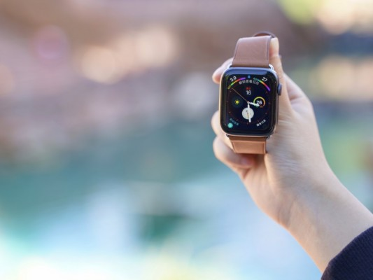 变大了的第四代Apple Watch,会更加好用吗